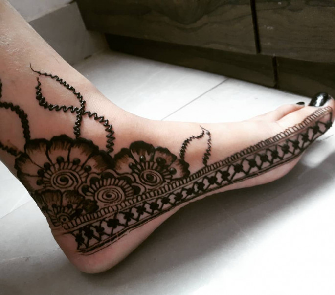 foot mehndi design 2018