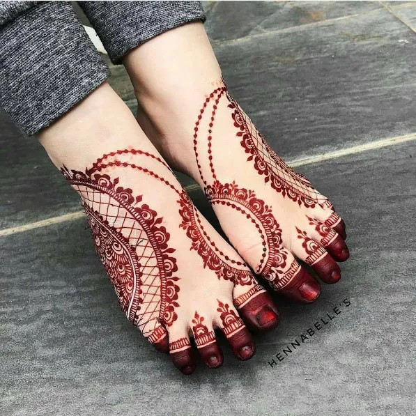 Foot mehndi designs for young girls