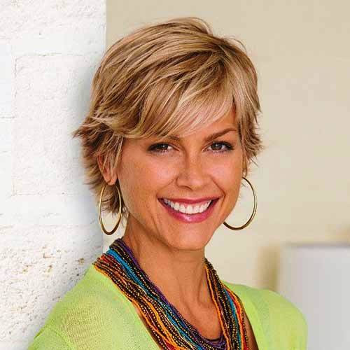 35 Short and unique hairstyles for women over 50