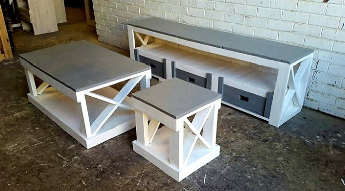 Pallet side table ideas for wall