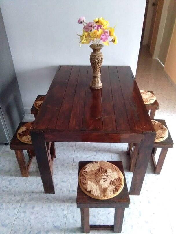 Pallet coffee table ideas for small family