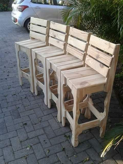 Pallet small chairs ideas