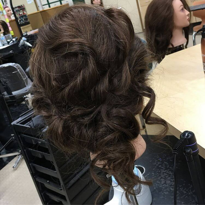 35 Homecoming Hairstyles for All Lengths