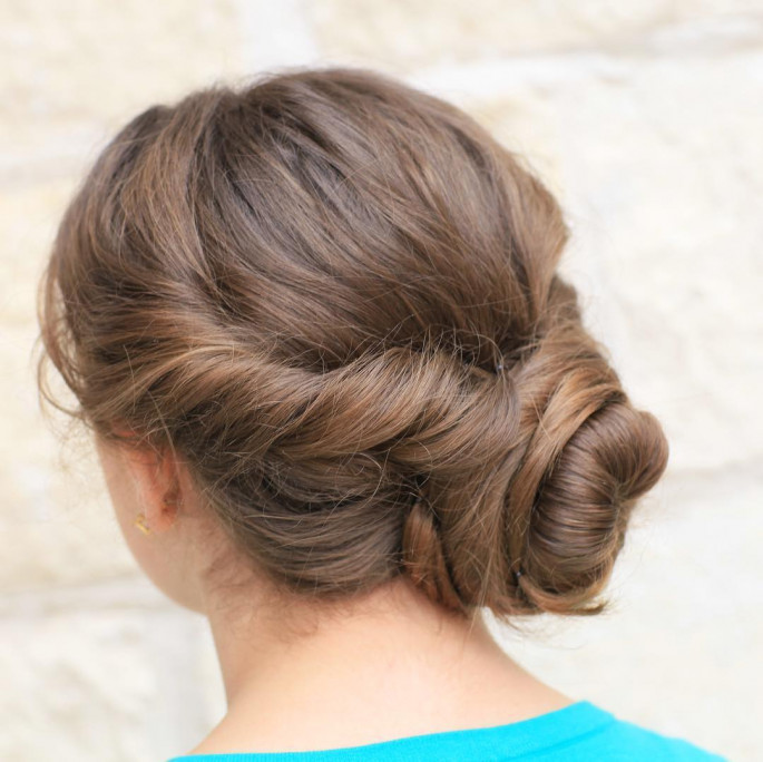 cute girls waves hairstyle ideas for party