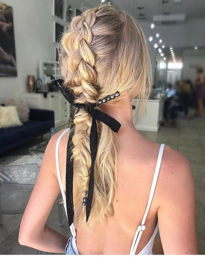 Ponytail Hairstyles for cute girl on sensod