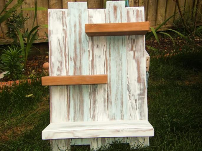 wooden pallet wall shelves ideas