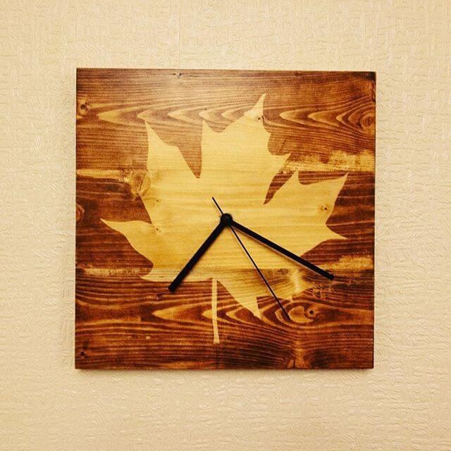 Pallet wall clock