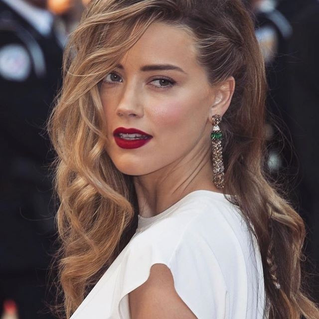 Woman Long  Braided hairstyles