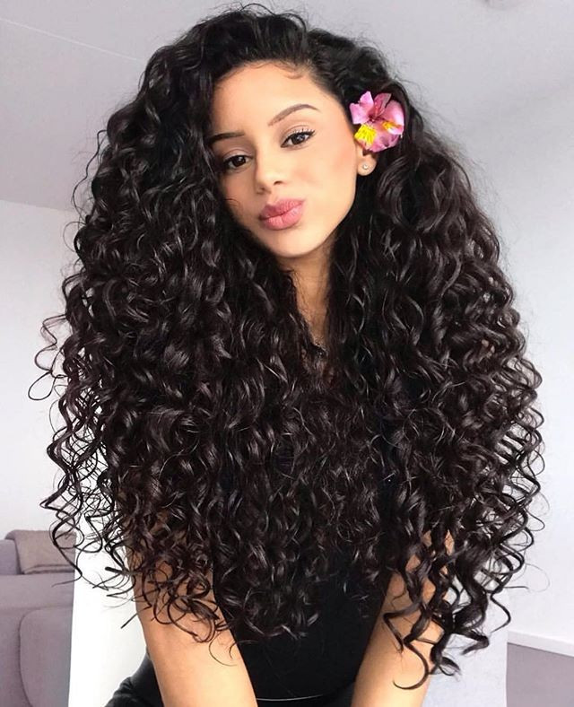 Long Curly Women hairstyles
