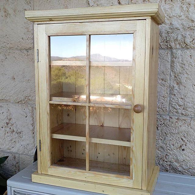 Pallet storage cupboard
