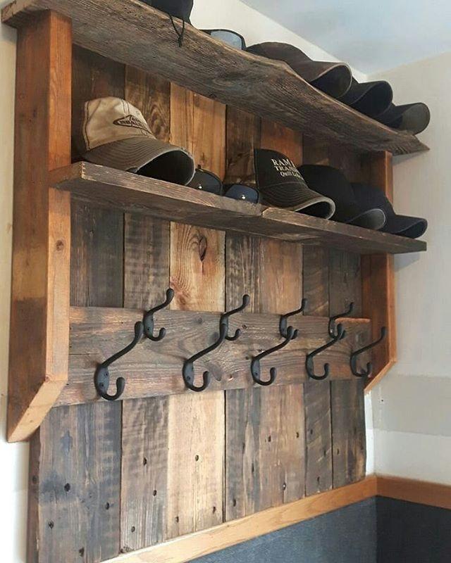 Pallet Shelf with cloth hanger