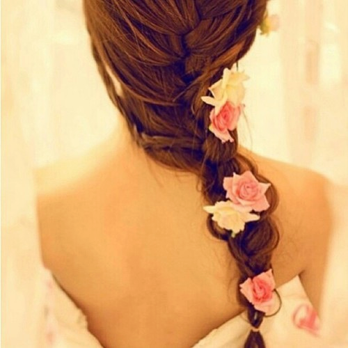 messy fishtail braid wedding