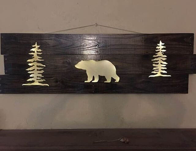 Pallet glowing bear art