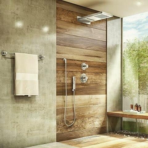 Pallet bathroom wall decor