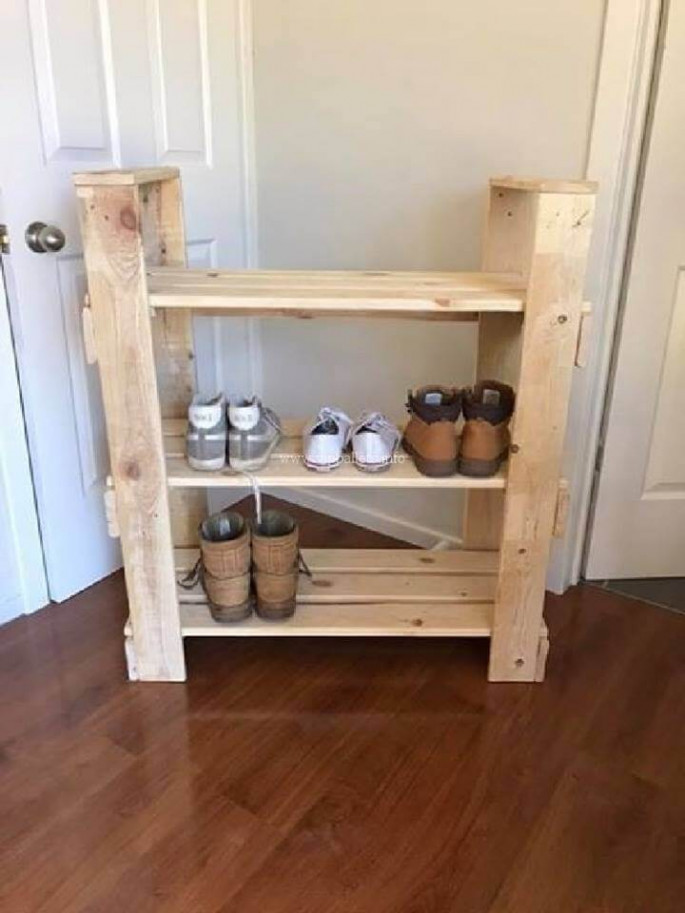 pallet side table project with shoe storage functionality