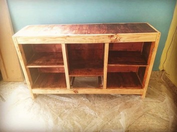 pallet side shoe table ideas