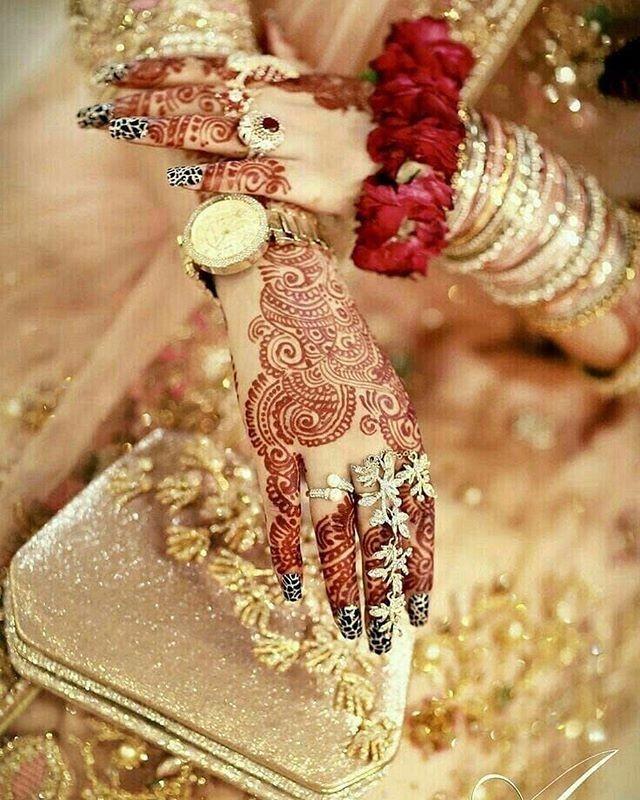 stylish bridal mehndi design ideas