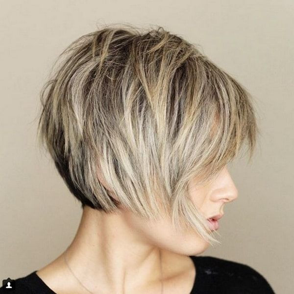 Classy Short Layered Bob Hairstyles & Haircuts for Women