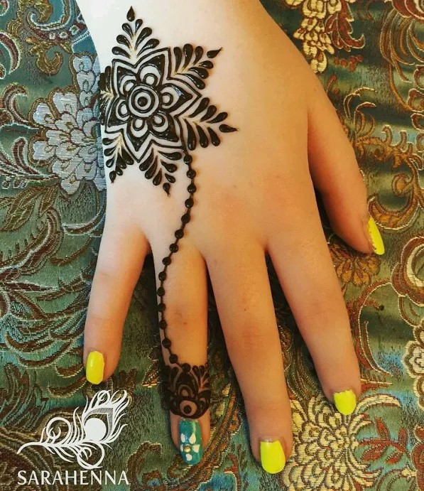 easy flower mehndi designs
