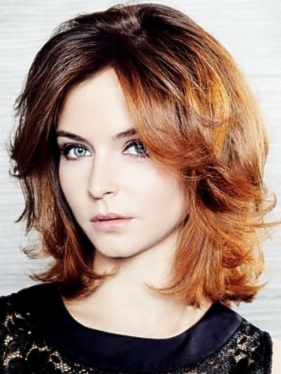 Natural Waves Women Hairstyles for Round Faces