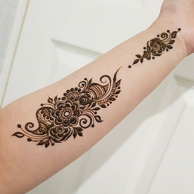 simple arm mehndi design