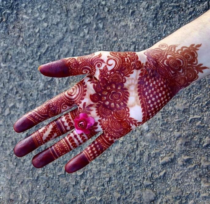 Front hands mehndi design ideas