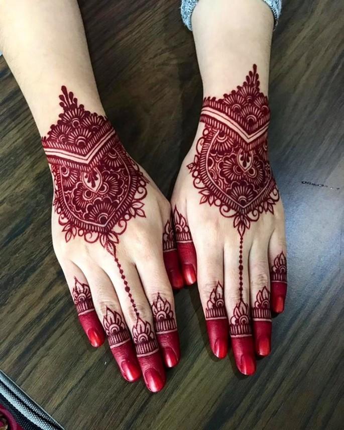 redish mehndi designs
