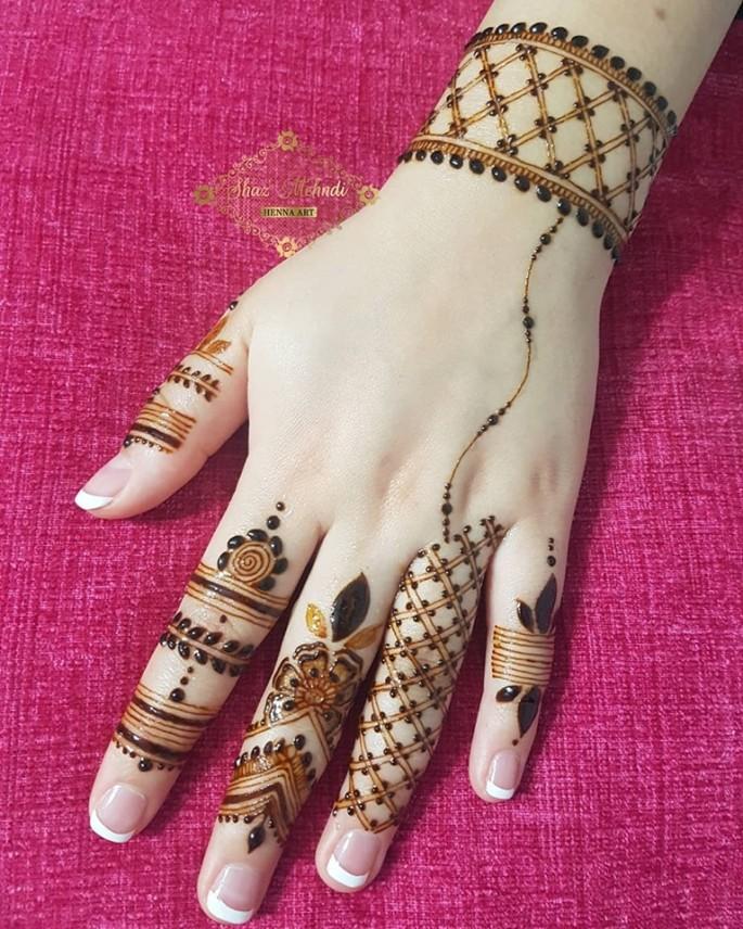 backhands mehndi design for wedding