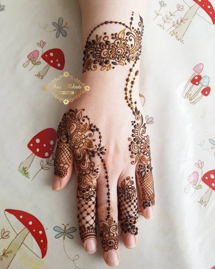 backhand beautiful mehndi designs ideas