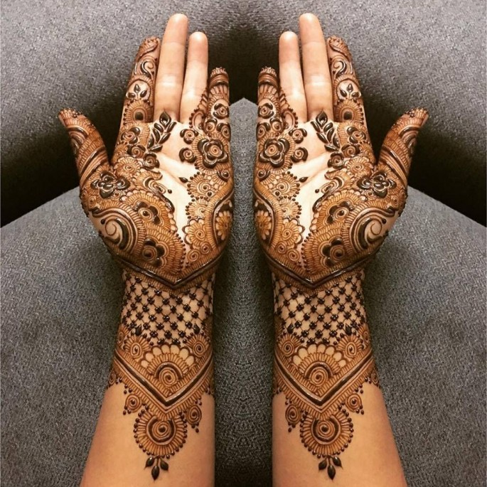 full frond hands mehndi designs ideas