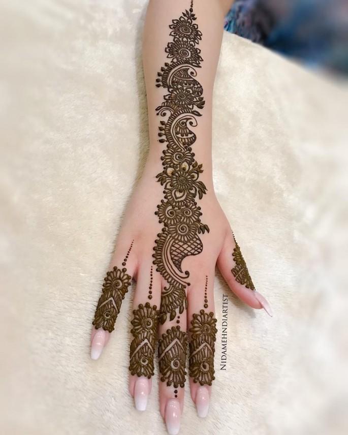 stylish mehndi design ideas