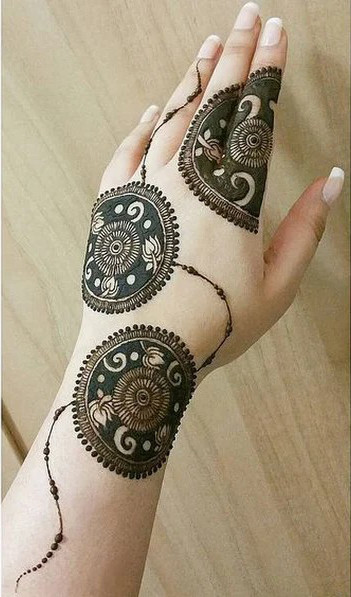 Simple Henna Mehndi designs