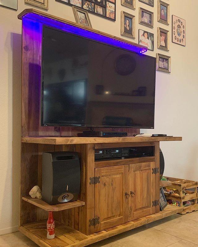 pallet wall tv shelf ideas