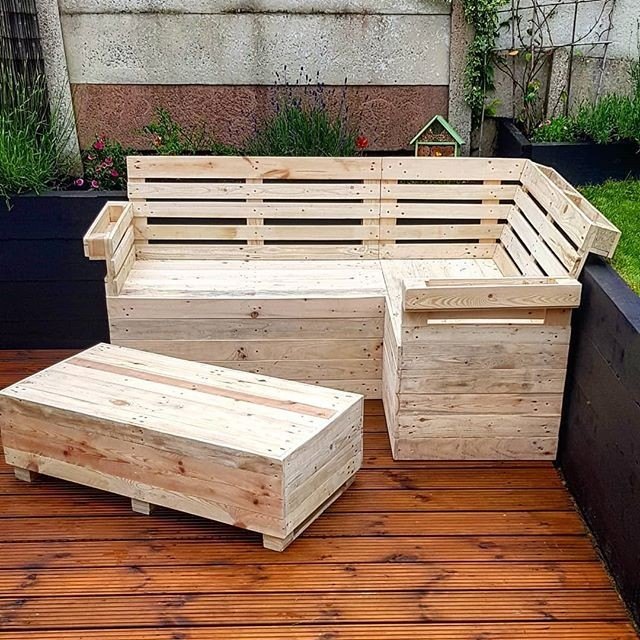Awesome pallet furniture bench and table ideas