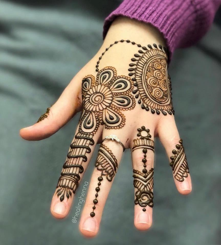 cute easy mehndi designs