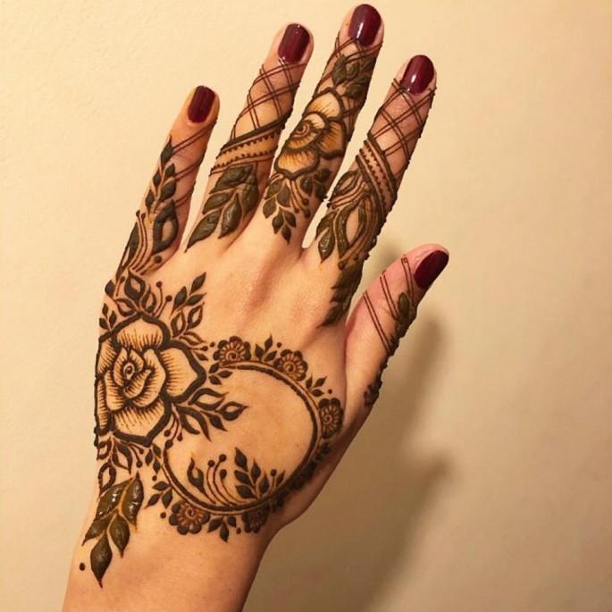 latest hand mehndi design for girls