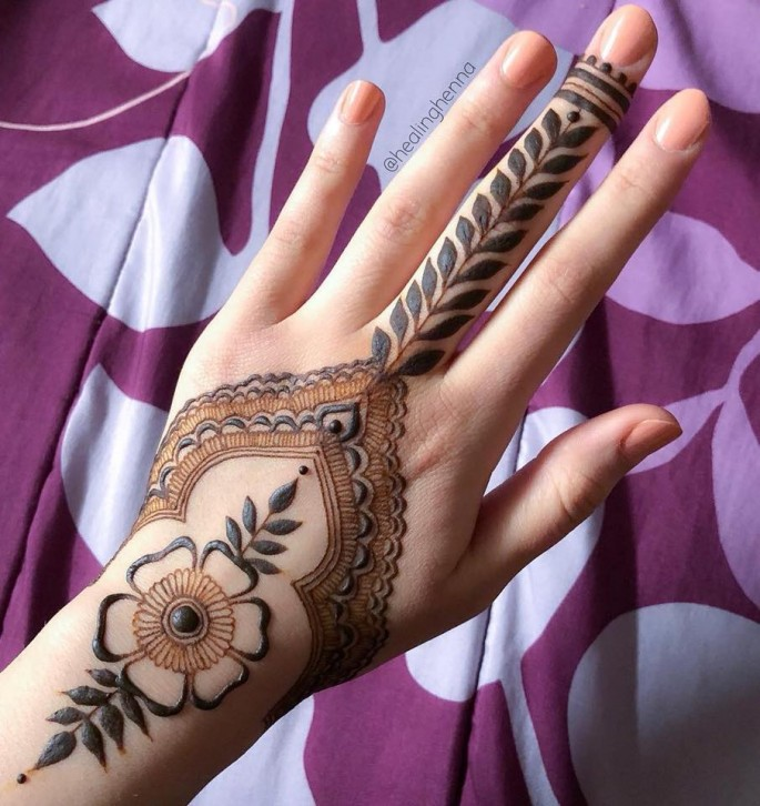 awful mehndi design ideas