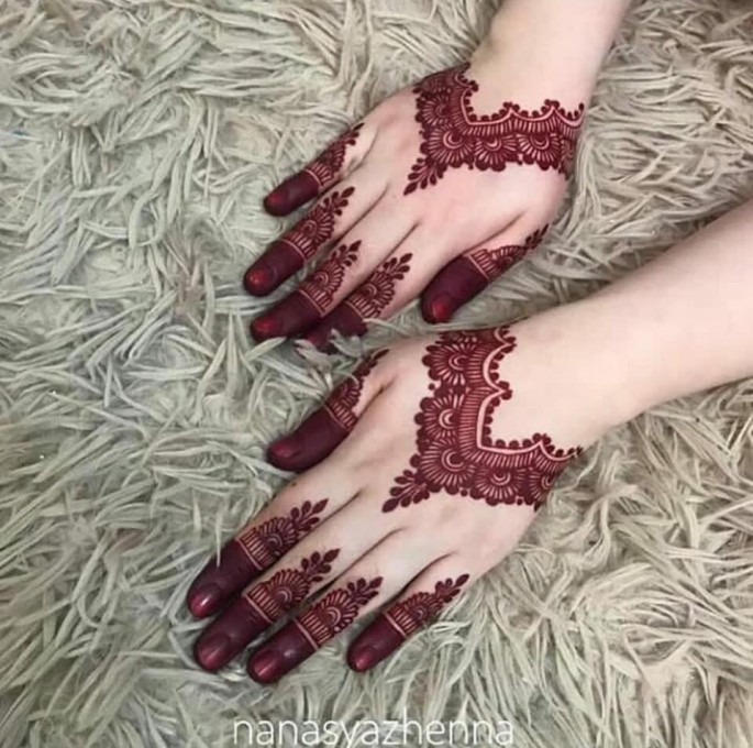 easy backhands mehndi designs