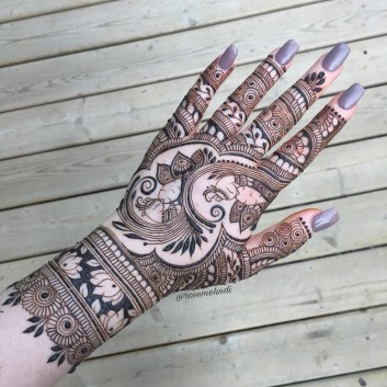 Captivating and Stunning Arabic Mehndi Designs for All Occasions