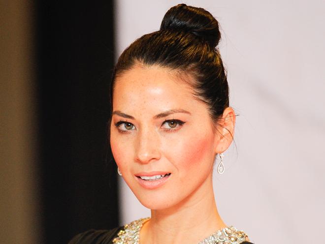 Top Knot Bun Hairstyles For Short Hair-Medium Length Hair
