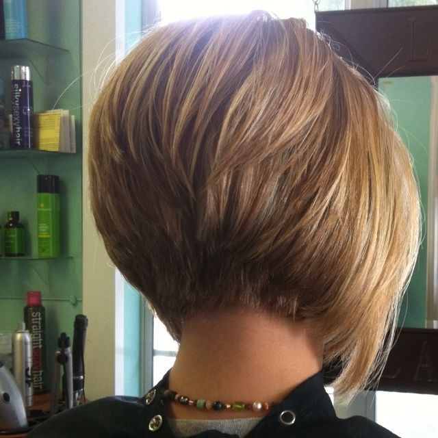 Eye-Catchy Stacked Short Bob Hairstyles & Haircuts for Women