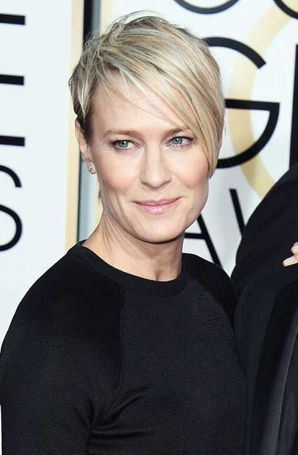 Layered Hairstyles Short Haircuts For Women Over 50 2019 46