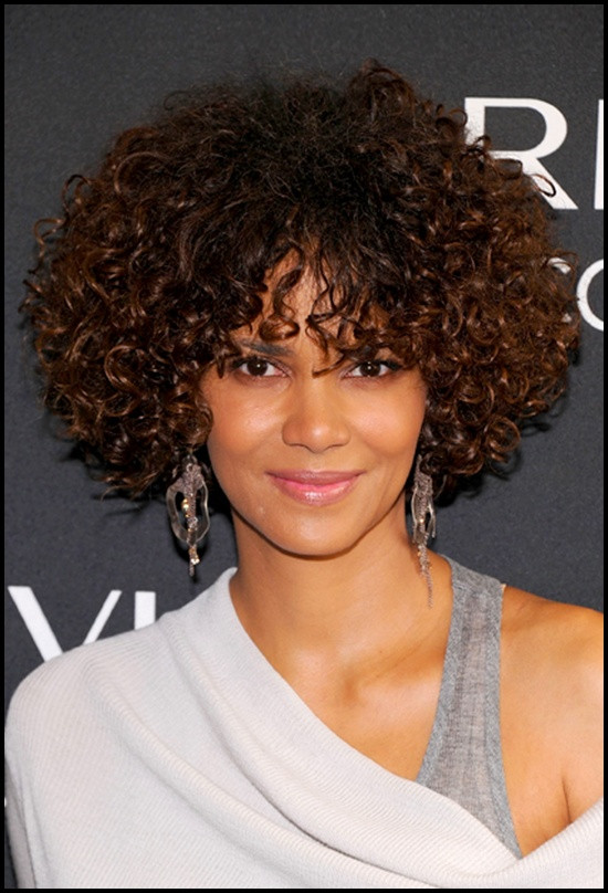 37+ Trendy Short Hairstyles For Black Women - Sensod