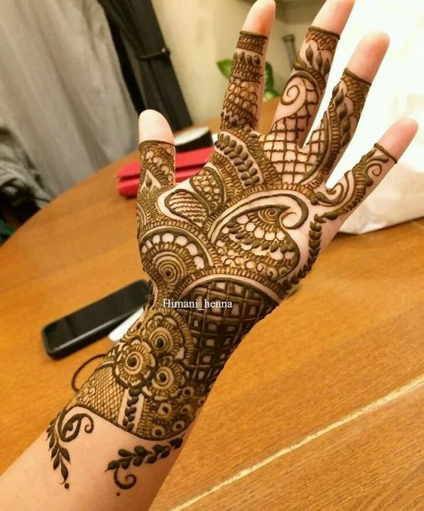 adorable  Mehndi Designs on fronthand 2019