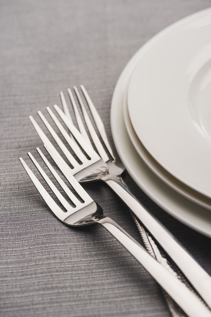 Cutlery and Table Etiquette: improve your Table Manners by following these simple rules