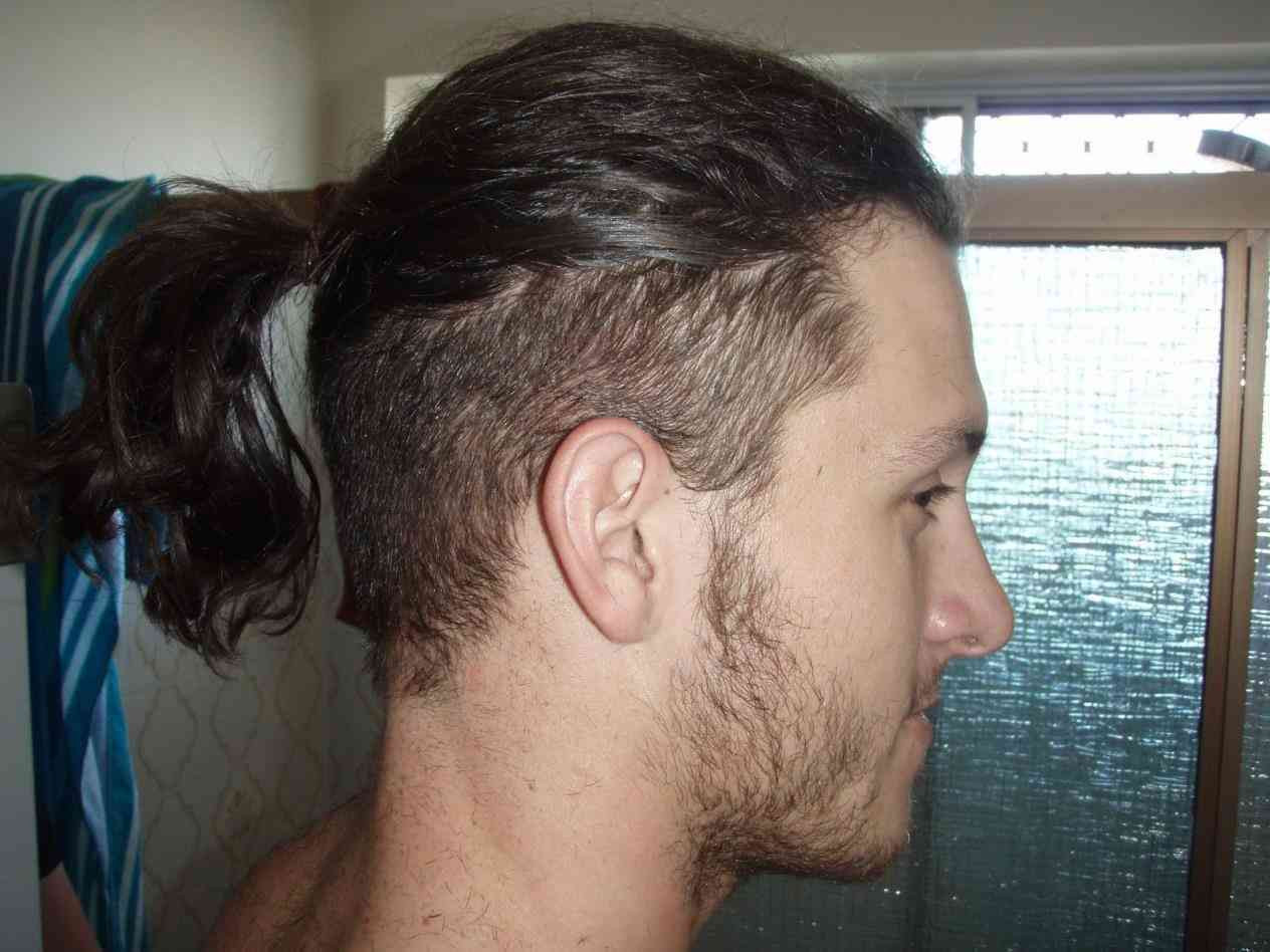 35 Attractive Long Hairstyles For Men To Look More Handsome Sensod