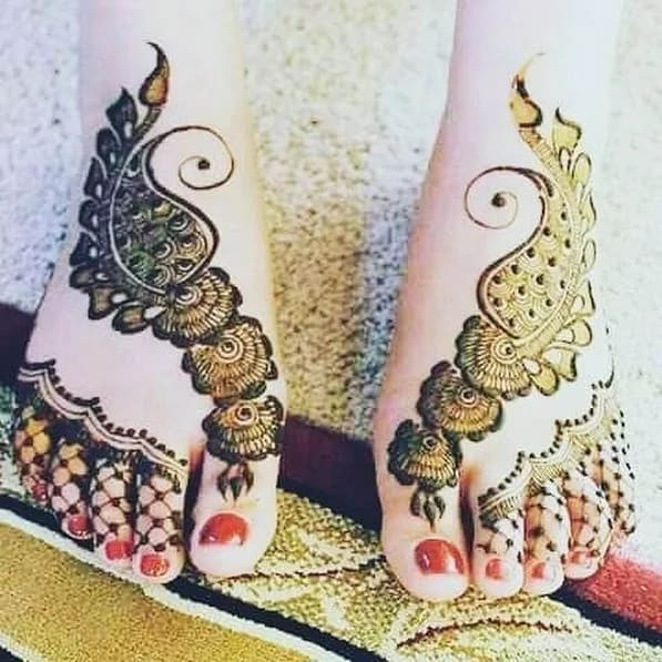 New year foot mehndi designs ideas