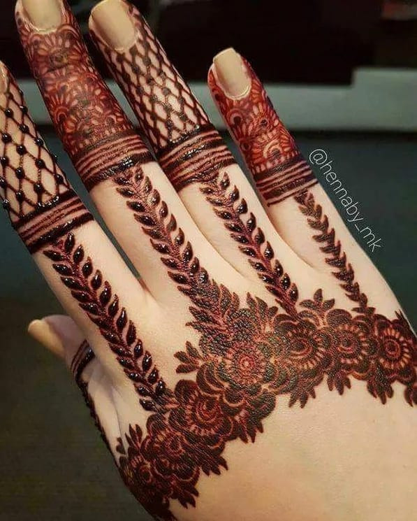 112+ Most Awful Henna Designs For Women in new year