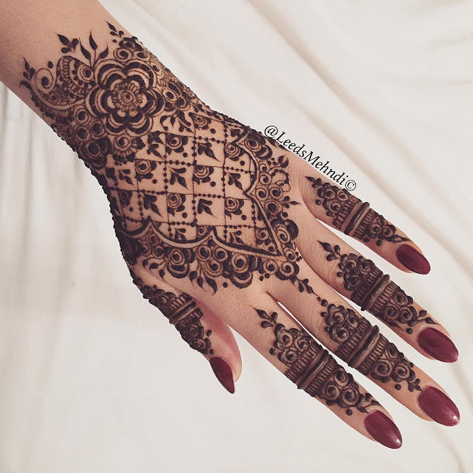 Top Eid Mehndi Designs for hands 2018