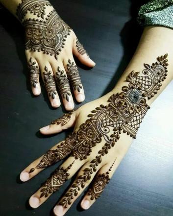 easy backhand henna designs